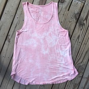 American Eagle Favorite Tank pink size small